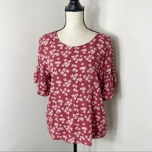 Roebuck & Co Red Floral Bell Sleeve Light Top L